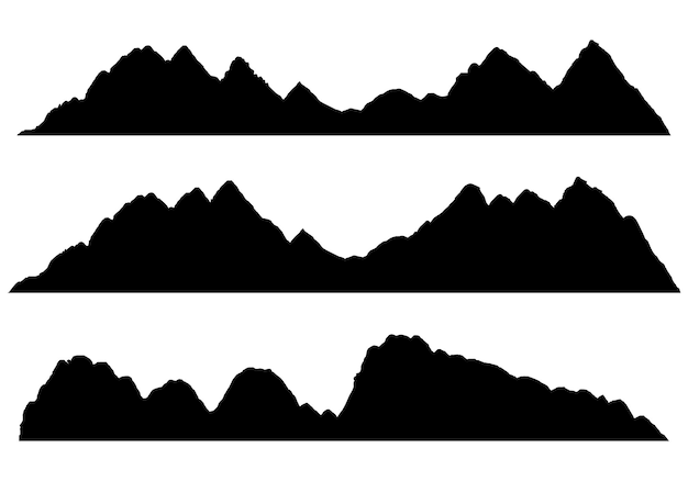 高地の山々と岩の多い風景の広い半詳細なパノラマシルエット
