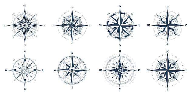 남북 방향 화살표가있는 바람 장미 기호