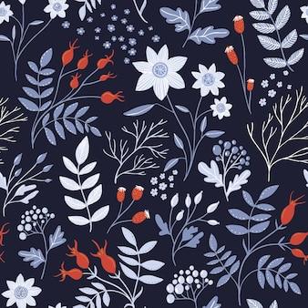 白い花、赤いローズヒップ、華やかな葉を持つさまざまな枝を持つ冬の花柄。ダークでエレガントなシームレスな植物の質感、テキスタイルと包装紙のデザインの繰り返しの背景。
