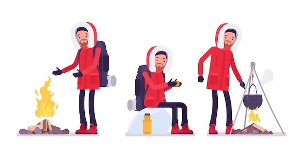 겨울 하이킹 남자 야외 캠프 활동을 즐길 수