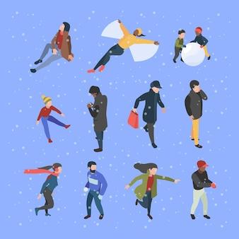 冬の等尺性の人々。冬の服の男性と女性のキャラクターは、ベクトルイラストを飾ります。冬の女性と男性の活動