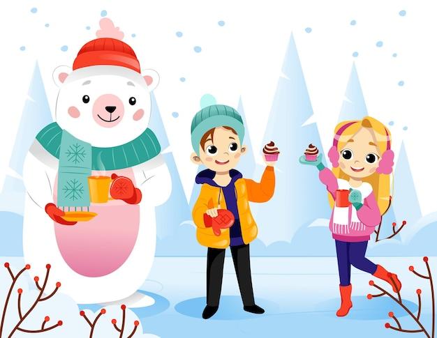 雪景色の背景に漫画フラットスタイルで冬のシーンのベクトルイラスト。立って笑っているカラフルなグラデーションキャラクター。幸せな10代の少年、少女、暖かい服を着たホッキョクグマ。