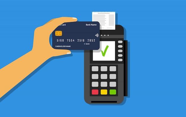 Беспроводная оплата кредитной картой. платежи nfc. pos терминал и кредитная карта в руке. плоский стиль