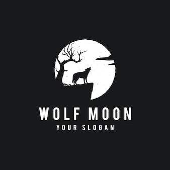 Wolf howling on the moon background in grunge style