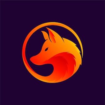Логотип волка с концепцией градиентной окраски