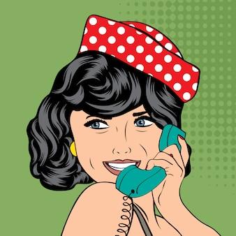 女性、レトロな電話でチャット
