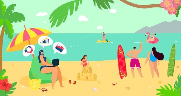 夏の海のビーチでラップトップコンピューターを持つ女性フリーランサー