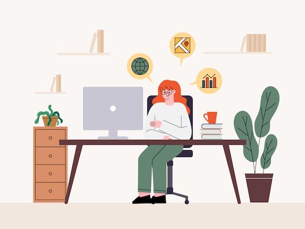 여자 프리랜서. 집에서 컴퓨터로 일하기 집에서 재택 근무.