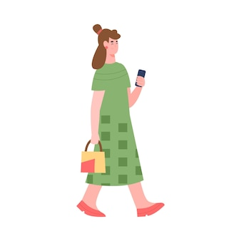 Женщина в повседневном платье с мультяшным мобильным телефоном, изолированным на белом