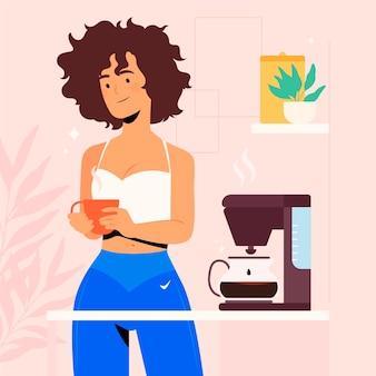 Женщина, делающая кофе дома