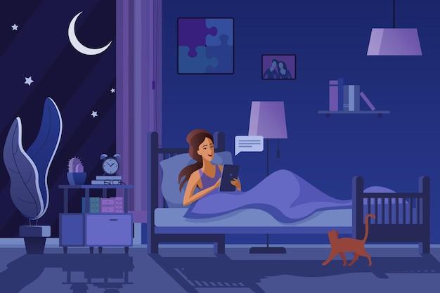 어두운 방에서 메시지를 보내는 여자, 밤에 문자 메시지. 여성 불면증 불면증 개념