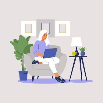노트북과 함께 앉아 여자입니다. 일, 공부, 교육, 가정에서 일, 건강한 라이프 스타일에 대한 개념 그림.