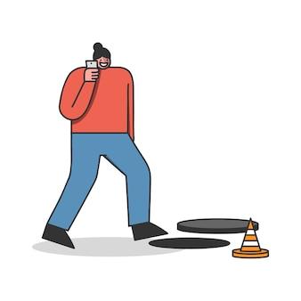 携帯電話で話している間、開いたマンホールを歩いている女性。スマートフォンで忙しい警告サインに気づいていない漫画の女性