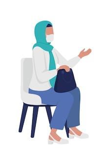 마스크 반 평면 색상 벡터 문자로 히잡을 쓴 여자. 앉아있는 그림. 흰색에 전신 사람입니다. 그래픽 디자인 및 애니메이션에 대한 이야기 치료 격리 현대 만화 스타일 그림