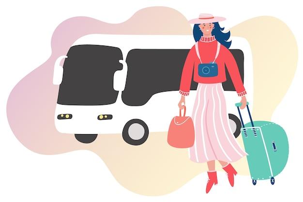 Женщина с багажом, путешествуя на самолете. девушка собирается в отпуск на абстрактном фоне.