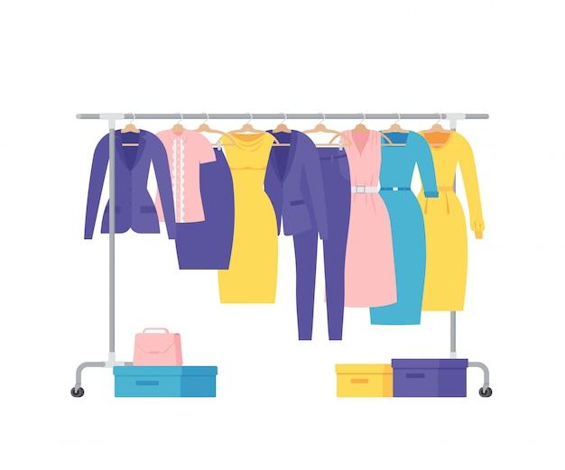 ハンガーラックに女性のビジネス服。フラットの図。