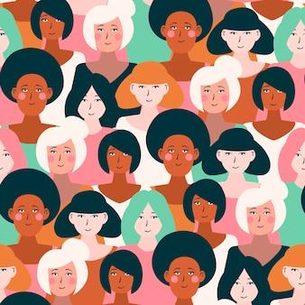 Женские лица на узоре