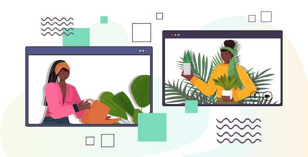 Женщины ухаживают за комнатными растениями афро-американские домохозяйки обсуждают во время видеозвонка в веб-браузере портрет горизонтальный