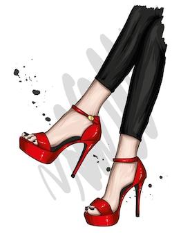 아름다운 하이힐과 바지에 여성 다리