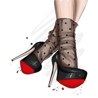 Женские ножки в стильной обуви