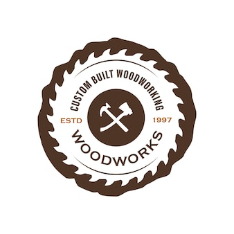 Логотип компании wood industries с концепцией пил и столярных изделий в классическом и винтажном стилях.