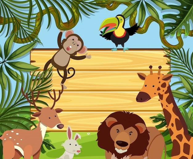 野生動物と木製ボードテンプレート