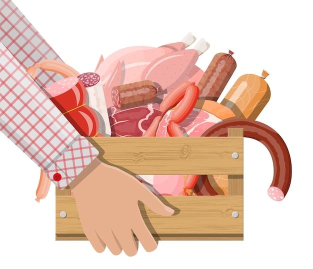 손에 고기가 가득한 나무 상자, 배달. 찹, 소시지, 베이컨, 햄. 마블링된 소고기. 정육점, 스테이크 하우스 농장 유기농 제품. 식료품 음식입니다. 신선한 돼지고기 스테이크. 벡터 일러스트 레이 션 평면 스타일