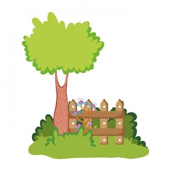 キャンプ内に木がある木製のフェンス