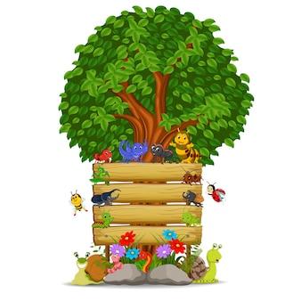 Деревянный шаблон знака со многими насекомыми
