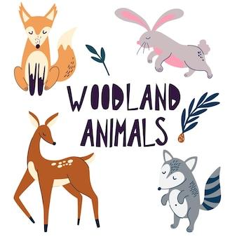 숲속의 동물들. 재미있는 클립 아트 모음. 숲 야생 동물입니다. 사슴, 여우, 너구리, 토끼 만화 캐릭터. 스칸디나비아 스타일의 귀여운 숲 동물의 벡터 만화 세트.