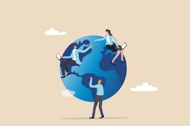전 세계 어디에서나 원격 작업 또는 프리랜서, 국제 회사 또는 글로벌 비즈니스 개념, 온라인 컴퓨터로 작업하는 세계 지도 주위에 앉아 있는 비즈니스 사람들.