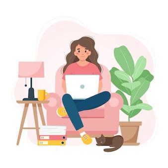 노트북 학생이나 프리랜서와 함께 의자에 앉아 집에서 일하는 여성