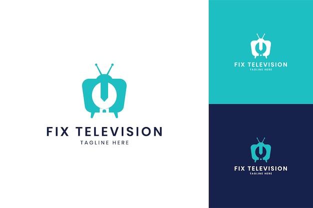 レンチテレビのネガティブスペースのロゴデザイン
