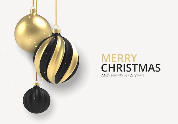 크리스마스 배경 흰색 배경에 현실적인 스타일에 금색과 검은색 크리스마스 공.