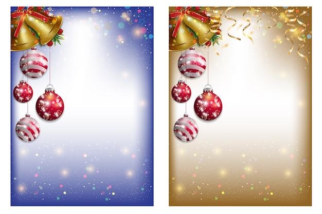 Рождественская открытка украшена золотыми колокольчиками и красными елочными шарами.