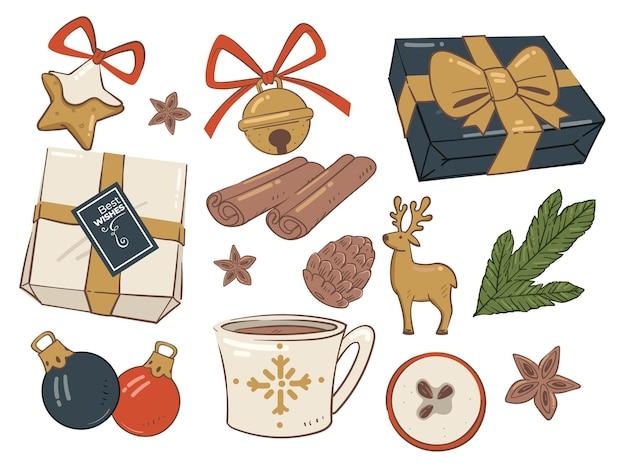 Рождество представляет печенье и декор из веток сосны
