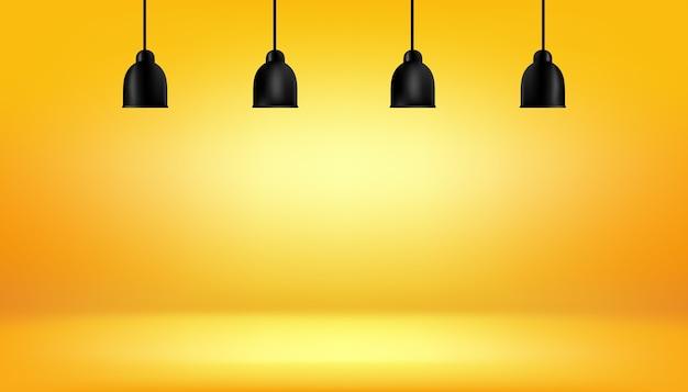 Желтый фон с светлыми коробами на потолке
