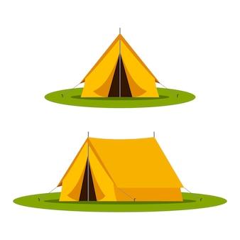 Желтый кемпинг туристический шатер в открытом путешествии. природный туризм, путешествия, приключения.