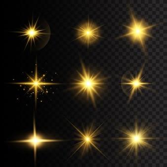 노란색 빛나는 조명과 별. 광선과 스포트라이트로 태양의 섬광. 별은 광채로 터졌다. 투명 배경에 고립 된 특수 효과입니다.