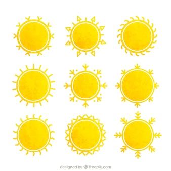 Желтые солнца в акварели стиль