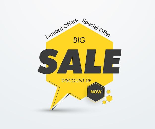 Желтый векторный тег на ноге с большим черным текстом продажи. шаблон стикера с черным ходом и тенью. баннер