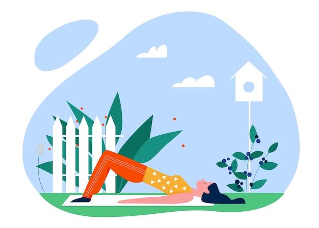 Иллюстрация активного отдыха летом спорта йоги. мультяшный активная молодая женщина-йогин, тренирующаяся в парке, наслаждаясь растяжкой в позах йоги, здоровым образом жизни на белом