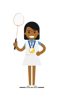 라켓을 가진 젊은 흑인 여자 테니스 선수