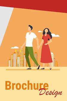 도시에서 걷는 젊은 부부. 남자와여자가 손을 잡고 평면 벡터 일러스트 레이 션. 시민, 야외 활동, 데이트 도시 개념
