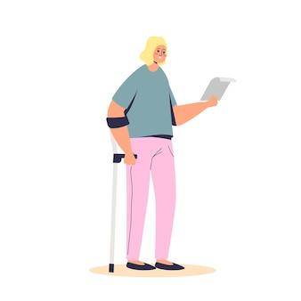 Молодая девушка, стоя на костыле, держит документы о пособии по инвалидности. женский персонаж мультфильма-инвалида с денежной поддержкой и помощью социального страхования.