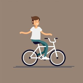 若い男が楽しんでバックパックで自転車に乗る。週末は自由時間のある子供。ジュニア向けの夏休みアウトドアレクリエーション。自転車に乗って幸せな少年。