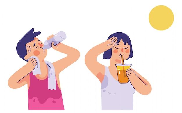 Молодой мужчина и женщина пьют воду и апельсиновый сок в очень жаркие летние дни