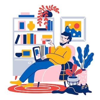 コンピューターで快適なソファに座って、家で働く若い男。在宅勤務。フリーランス、オンライン教育。フラット漫画イラスト。