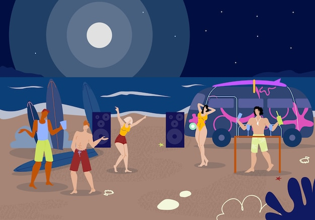 Компания young people clubbing на ночном пляже.