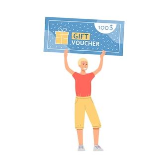 Молодой улыбающийся человек мультипликационный персонаж, держащий гигантский подарочный сертификат торговый сертификат и купон на скидку.